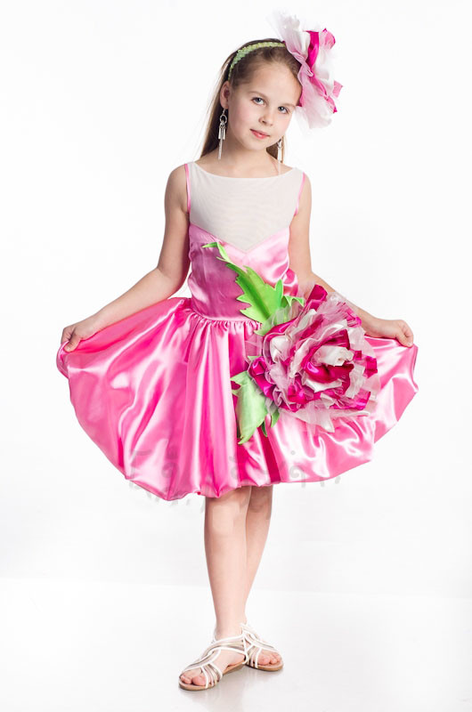 Костюм для девочки цветочек